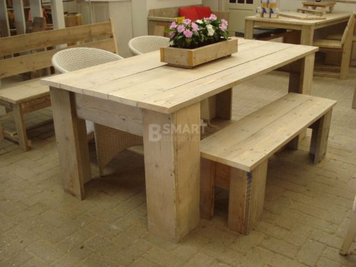 Goedkope picknickbank van steigerhout voor aan de tafel
