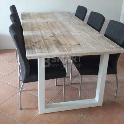Metalen U poot industriele tafel steigerhout